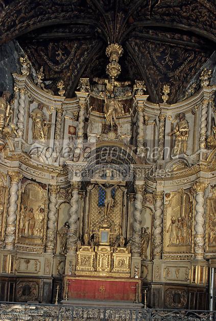 Europe/France/Auvergne/12/Aveyron/Villefranche-de-Rouergue: La chapelle des pénitents noirs (baroque - XVIIème) - Retable en bois XVIIIème