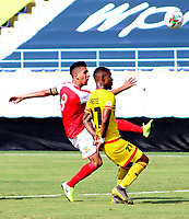 BARRANQUILLA-COLOMBIA, 22-09-2020: Barranquilla F.C. y Bogota F. C.,  durante partido por la fecha 5 del Torneo BetPlay DIMAYOR I 2020 jugado en el estadio Romelio Martinez de la ciudad de Barranquilla. / Barranquilla F.C. and Bogota F. C.,   during a match for the 5th date of the BetPlay DIMAYOR I 2020 tournament at the Romelio Martinez  stadium in Barranquilla city. / Photos: VizzorImage / Jairo Cassiani / Cont.