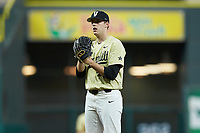 Vanderbilt Commodores relief pitcher Mason Hickman (44) looks to his catcher for the sign against the Houston Cougars during game nine of the 2018 Shriners Hospitals for Children College Classic at Minute Maid Park on March 3, 2018 in Houston, Texas. The Commodores defeated the Cougars 9-4. (Brian Westerholt/Four Seam Images)