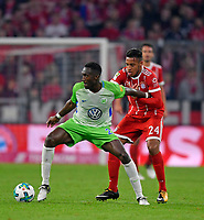 22.09.2017,  Football 1.Liga 2017/2018, 6. match day, FC Bayern Muenchen - VfL Wolfsburg, in Allianz-Arena Muenchen.  Joshua Guilavogui (Wolfsburg)  -  Corentin Tolisso (FC Bayern Muenchen)  *** Local Caption *** © pixathlon<br /> <br /> +++ NED + SUI out !!! +++<br /> Contact: +49-40-22 63 02 60 , info@pixathlon.de