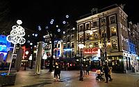 Nederland  Amsterdam 14 december 2020.  Kerstverlichting bij het Leidseplein.   Foto : ANP/ HH / Berlinda van Dam