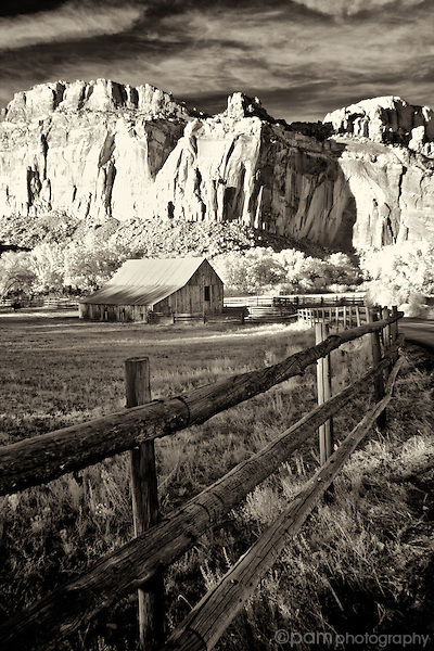 An old horse barn in Fruita, Utah