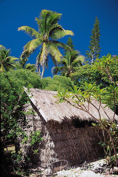 case traditionelle, baie de Kanumera