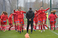 Zulte Waregem's players pictured during the warming up ofa female soccer game between SV Zulte - Waregem and White Star Woluwe on the 9th matchday of the 2020 - 2021 season of Belgian Scooore Women s SuperLeague , saturday 12 th of December 2020  in Waregem , Belgium . PHOTO SPORTPIX.BE | SPP | DIRK VUYLSTEKE