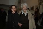 """MARIA SOLE AGNELLI CON LA NIPOTE<br /> VERNISSAGE """" A RIVEDERCI ROMA"""" DI PRISCILLA RATTAZZI<br /> GALLERIA MONCADA ROMA 2004"""