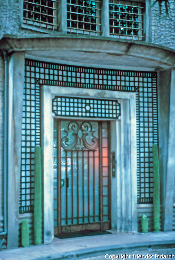 Robert Mallet-Stevens: Cite Mallet-Stevens, Rue Mallet-Stevens. Door detail, entrance. 1926-27. Photo '90.