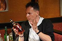 Ralf Baitinger (Frontmann Orange Box) machen gemeinsam Musik und testen Whisky - Moerfelden-Walldorf 19.12.2020: Favorite Songs & Whisky mit Paddy Schmidt und Ralf Baitinger