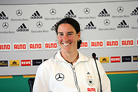 Birgit Prinz (D)<br /> PK zum Laenderspiel Deutschland vs. Brasilien *** Local Caption *** Foto ist honorarpflichtig! zzgl. gesetzl. MwSt. Auf Anfrage in hoeherer Qualitaet/Aufloesung. Belegexemplar an: Marc Schueler, Am Ziegelfalltor 4, 64625 Bensheim, Tel. +49 (0) 151 11 65 49 88, www.gameday-mediaservices.de. Email: marc.schueler@gameday-mediaservices.de, Bankverbindung: Volksbank Bergstrasse, Kto.: 151297, BLZ: 50960101