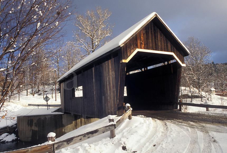AJ4625, covered bridge, winter, Vermont, Warren Covered Bridge c.1880 in Warren in Mad River Valley in Washington County in the state of Vermont.