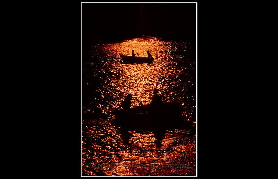 Lago del Retiro - Lake Retreat, Madrid, Spain -