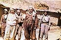 Iraq 1979 <br /> Right, Anwar Beg Betwata in his village of Betwata  <br /> Irak 1979  <br /> A droite, Anwar Beg Betwata dans son village de Betwata