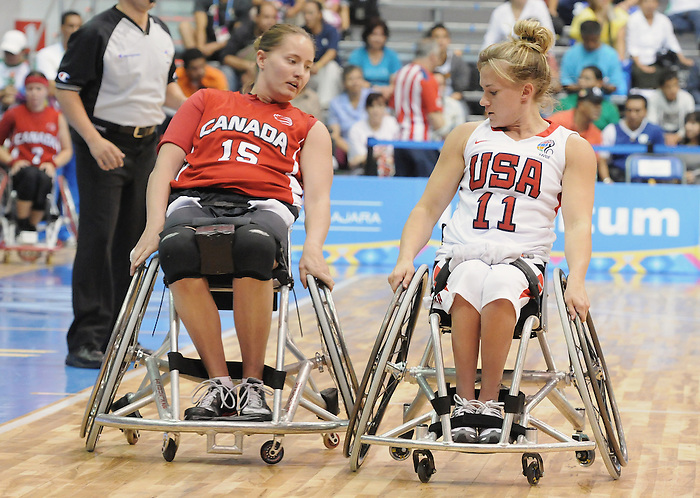 Tara Fesser, Guadalajara 2011 - Wheelchair Basketball // Basketball en fauteuil roulant.<br /> Team Canada takes on Team USA in the Gold Medal Game // Équipe Canada affronte Équipe États-Unis dans le match pour la médaille d'or. 11/18/2011.
