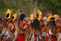 X JOGOS DOS POVOS INDÍGENAS <br /> Enawene Nauê apresentam dança.<br /> Os Jogos dos Povos Indígenas (JPI) chegam a sua décima edição. Neste ano 2009, que acontecem entre os dias 31 de outubro e 07 de novembro. A data escolhida obedece ao calendário lunar indígena. com participação  cerca de 1300 indígenas, de aproximadamente 35 etnias, vindas de todas as regiões brasileiras. <br /> Paragominas , Pará, Brasil.<br /> Foto Paulo Santos<br /> 04/11/2009