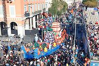 Nice le 19 Fevrier 2107 Place Massena unique sotie du Corso Carnavalesque Parada Nissarda de jour La Revanche du Vent