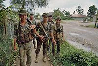 - soldiers of Sandinista army in Rama town....- militari dell'esercito sandinista nella città di Rama