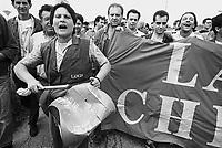 - strike and demonstration of Lancia cars factory workers (FIAT group) against closure of the plant in Chivasso (June 1992)....- sciopero e manifestazione operai della fabbrica di automobili Lancia (gruppo FIAT) contro la chiusura dello stabilimento di Chivasso (giugno 1992)