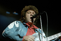 Robert Charlebois<br /> en spectacle, le 30 septembre 1983<br /> , au Theatre Saint-Denis<br /> <br /> <br /> PHOTO : Agence Quebec Presse