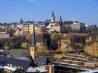 Blick über Grund auf Altstadt, Luxemburg-City, Luxemburg, Europa, UNESCO-Weltkulturerbe<br /> Grund and historic city, Luxembourg City, Europe, UNESCO Heritage Site