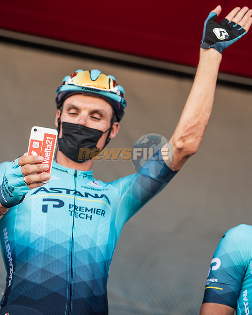 Luis Leon Sanchez (ESP) Astana-Premier Tech at sign on before the start of Stage 15 of La Vuelta d'Espana 2021, running 197.5km from Navalmoral de la Mata to El Barraco, Spain. 29th August 2021.     <br /> Picture: Charly Lopez/Unipublic | Cyclefile<br /> <br /> All photos usage must carry mandatory copyright credit (© Cyclefile | Unipublic/Charly Lopez)