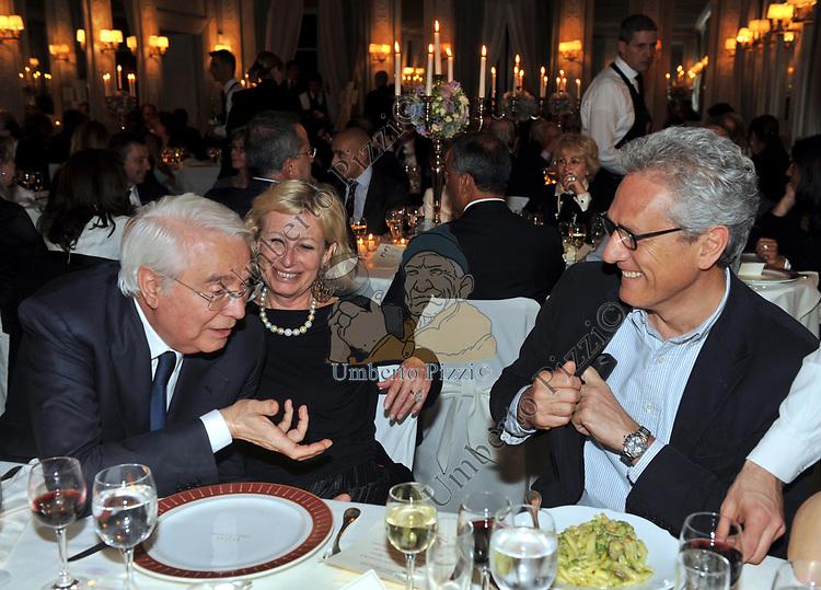 CESARE GERONZI, SANDRA CARRARO E FRANCESCO RUTELLI<br /> PREMIO GUIDO CARLI - SECONDA  EDIZIONE<br /> RICEVIMENTO A CASINA VALADIER  ROMA 2011