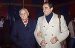 VITTORIO GASSMAN CON ALBERTO MORAVIA - TEATRO QUIRINO ROMA 1976