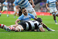 Juan Manuel Leguizamon of Barbarians (Jaguares & Argentina) scores a try despite the efforts of Martin Landajo of Argentina during the Killik Cup match between the Barbarians and Argentina at Twickenham Stadium on Saturday 1st December 2018 (Photo by Rob Munro/Stewart Communications)