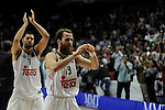 Real Madrid´s Sergio Rodriguez and Felipe Reyes thank's the supporters  during 2014-15 Euroleague Basketball Playoffs second match between Real Madrid and Anadolu Efes at Palacio de los Deportes stadium in Madrid, Spain. April 17, 2015. (ALTERPHOTOS/Luis Fernandez)