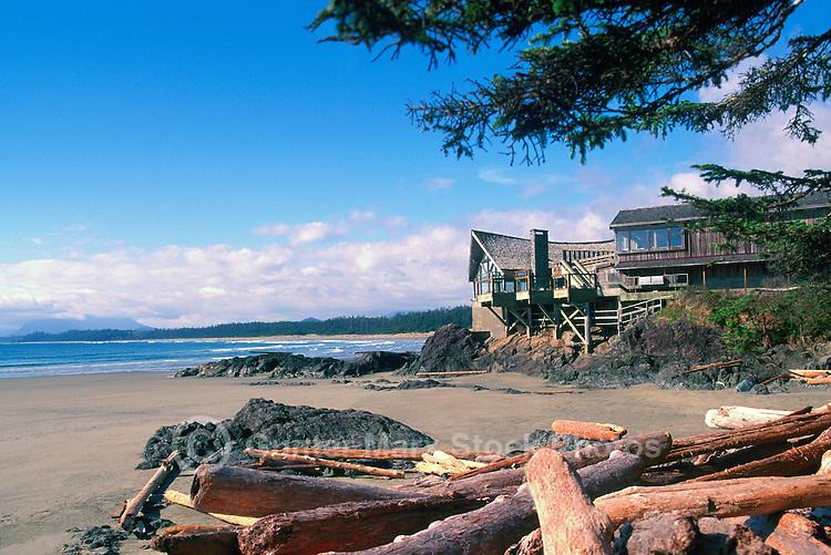 Wickaninnish Interpretive Centre and Wickaninnish Beach, Pacific Rim National Park Reserve, Vancouver Island, BC, British Columbia, Canada