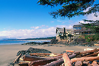 Wickaninnish Interpretive Centre and Wickaninnish Beach, Pacific Rim National Park Reserve, Vancouver Island, BC, British Columbia, Canada