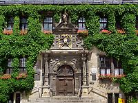 Rathaus am Markt, Quedlinburg, Sachsen-Anhalt, Deutschland, Europa, UNESCO-Weltkulturerbe<br /> townhall at Markt sqare in Quedlinburg, Saxony-Anhalt, Germany, Europe, UNESCO World Heritage