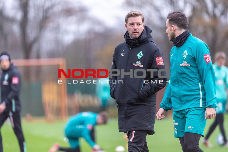 16.11.2020, Trainingsgelaende am wohninvest WESERSTADION - Platz 12, Bremen, GER, 1.FBL, Werder Bremen Training<br /> <br /> <br /> Im Gespraech Florian Kohfeldt (Trainer SV Werder Bremen) <br /> Kevin Möhwald / Moehwald (Werder Bremen #06)<br /> <br /> <br /> Foto © nordphoto / Kokenge