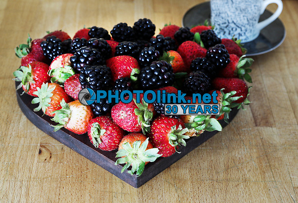Strawberries & Blackberries<br /> TableTopPhotoShop.com<br /> The Passionate Pursuit of Rustic Photography<br /> Photographed by Adam Scull