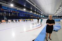 SCHAATSEN: HEERENVEEN: IJsstadion Thialf 02-07-2021, Kamerleden bezoeken training Topsportteams, Attje Kuiken (PvdA) ©foto Martin de Jong