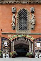 Piwnica Swidnicka (Schweidnitzer Keller) im gotisches Rathaus am Marktplatz (Rynek Glowny) in Wroclaw (Breslau), Woiwodschaft Niederschlesien (Województwo dolnośląskie), Polen, Europa<br /> Piwnica Swidnicka (Schweidnitz Cellar) in Gothic townhall at Marketplace (Rynek Glowny) in Wroclaw,  Poland, Europe