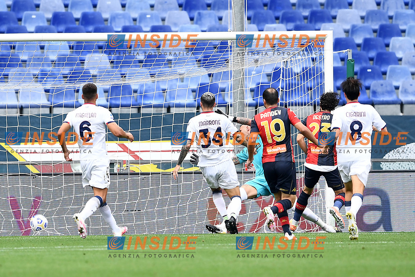 gol Mattia Destro <br /> Serie A football match between Genoa CFC and FC Crotone at Marassi Stadium in Genova (Italy), September 20th, 2020. Photo Image Sport / Insidefoto