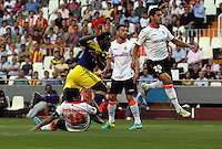 Valencia, Spain. Thursday 19 September 2013<br /> Pictured: Wilfried Bony of Swansea (L) scoring his opening oal.<br /> Re: UEFA Europa League game against Valencia C.F v Swansea City FC, at the Estadio Mestalla, Spain,