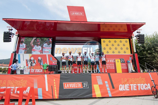 UAE team Emirates leading team from yesterday's stage at sign on before the start of Stage 17 of La Vuelta d'Espana 2021, running 185.8km from Unquera to Lagos de Covadonga, Spain. 1st September 2021.     <br /> Picture: Cxcling   Cyclefile<br /> <br /> All photos usage must carry mandatory copyright credit (© Cyclefile   Cxcling)