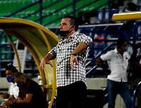 MONTERIA - COLOMBIA, 24-01-2021: Guillermo Sanguinetti, tecnico de Atletico Bucaramanga durante partido entre Jaguares de Cordoba F. C. y Atletico Bucaramanga de la fecha 2 por la Liga BetPlay DIMAYOR I 2021, en el estadio Jaraguay de Monteria de la ciudad de Monteria. / Guillermo Sanguinetti, coach of Atletico Bucaramanga during a match between Jaguares de Cordoba F.C., and Atletico Bucaramanga, of the 2nd date for the BetPlay DIMAYOR I 2021 League at Jaraguay de Monteria Stadium in Monteria city. Photo: VizzorImage / Andres Lopez / Cont.
