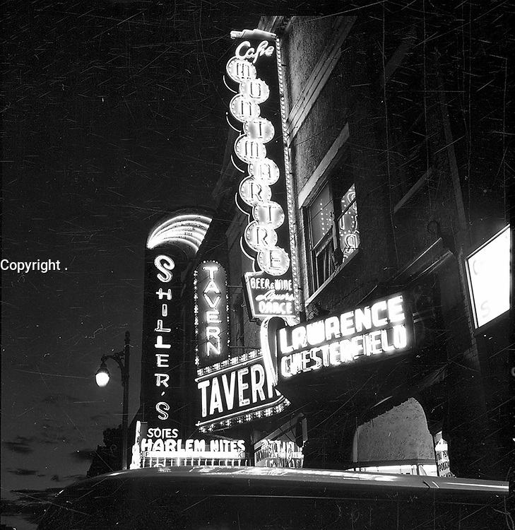 Boulevard Saint-Laurent.<br /> 1961.<br /> Source : Ville de Montr»al. Gestion de documents et archives, VM94,A31-4.