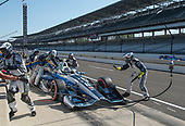 Verizon IndyCar Series<br /> IndyCar Grand Prix<br /> Indianapolis Motor Speedway, Indianapolis, IN USA<br /> Saturday 13 May 2017<br /> Max Chilton, Chip Ganassi Racing Teams Honda pit stop<br /> World Copyright: Geoffrey M. Miller LAT Images