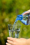Water, Wasser, Glas, Glass, Flasche, Bottle, Gesundheit, Health