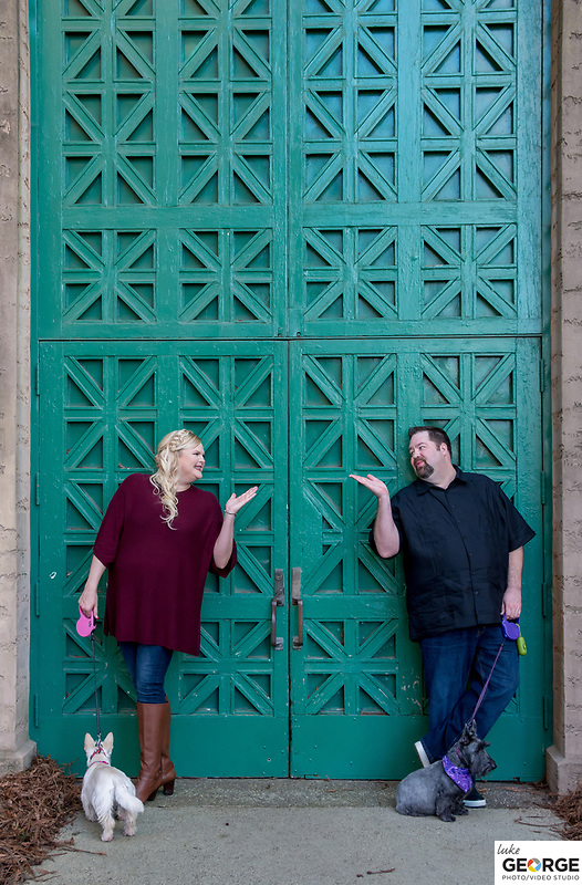Engagement photography with Amber & Mike at the lovely Palace of Fine Arts and strolling around Baker Beach.
