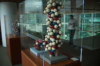 Alpha Helix sculpture by Linus Pauling at the Bill and Melinda Gates Foundation in Seattle, Washington, USA on Wednesday, 3 June 2015. (Matt Mills McKnight for Le Monde)