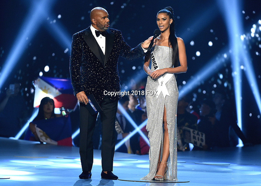 BANGKOK, THAILAND - DECEMBER 17:  Steve Harvey and Miss South Africa Tamaryn Green onstage on the 2018 MISS UNIVERSE competition at the Impact Arena in Bangkok, Thailand on December 17, 2018. (Photo by Frank Micelotta/FOX/PictureGroup)