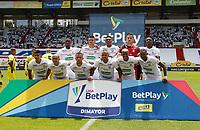 MANIZALES - COLOMBIA, 05-09-2021:Jugadores del Once Caldas posan para una foto previo al  partido por la fecha 8 entre Once Caldas y el Atlético Bucaramanga  como parte de la Liga BetPlay DIMAYOR II 2021 jugado en el estadio Palogrande  de la ciudad de Manizales / Players of Once Caldas pose to a photo prior Match for the date 8 between Once Caldas  and Atletico Bucaramanga as part of the BetPlay DIMAYOR League II 2021 played at Palogrande stadium in Manizales city. Photo: VizzorImage / John Jairo Bonilla / Contribuidor