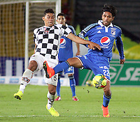 BOGOTA -COLOMBIA, 2 -AGOSTO-2014. Fabian Vargas ( D) Millonarios disputa el balón con Yeison Gordillo ( I ) del Chico FC durante partido de la  tercera fecha  de La Liga Postobón 2014-2. Estadio Nemesio Camacho El Campin  . /  Fabian Vargas (R ) of Millonarios   fights for the ball with Yeison Gordillo  of Chico FC  during match of the 3th date of Postobon  League 2014-2. Nemesio Camacho El Campin  Stadium. Photo: VizzorImage / Felipe Caicedo / Staff
