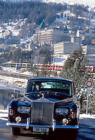 - the Rolls Royce on hand of the customers of the Grand Hotel Palace di St. Moritz ....- la Rolls Royce a disposizione dei clienti del Grand Hotel Palace di St. Moritz