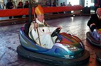 Copyright  Si Barber 07739 472 922<br /> Kings Lynn Mart 2013