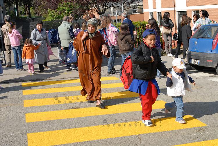 Immigrati di seconda generazione. Generazione G2. Scuola dell'obbligo e stranieri, scuola media, Galeata