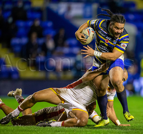 13th November 2020; The Halliwell Jones Stadium, Warrington, Cheshire, England; Betfred Rugby League Playoffs, Catalan Dragons versus Leeds Rhinos; Konrad Hurrell of Leeds Rhinos is tackled
